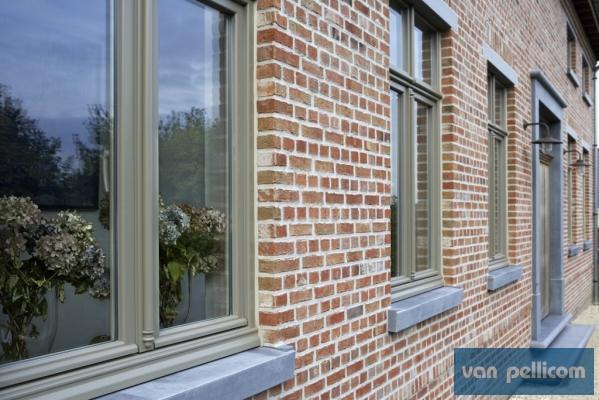 ramen en deuren in PVC