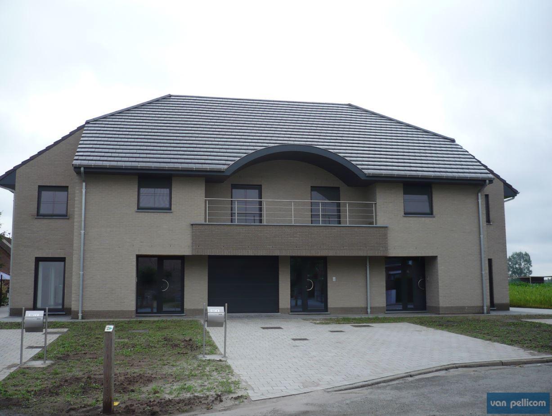 nieuwbouwwoning met pvc ramen en pvc deuren